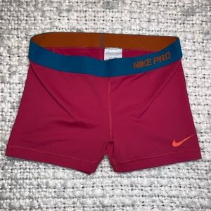 🏃‍♀️Nike Pro COMPRESSION SHORTS🏃‍♀️